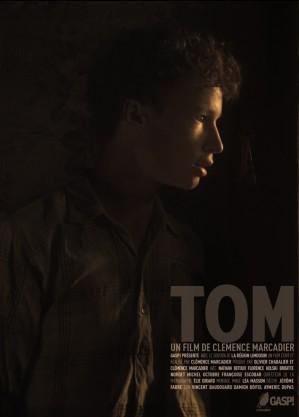 -- Je m'appelle Tom. J'ai 14 ans et je suis agriculteur. Je vis et je travaille ici… dans cette ferme -- Tom est un court-métrage de Clémence Marcadier et produit par Gasp!, dont j'ai fais l'image.