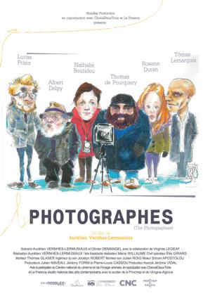 -  Les Hoffmann sont un couple de photographes renommé. Attendus à Berlin pour une commande prestigieuse, le travail ne va pas se dérouler comme prévu - Les Photographes est un court-métrage d'Aurélien Vernhes-Lermusiaux, produit par  Noodles
